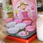 {Pinkalicious} Make a Pretend Cupcake Shop