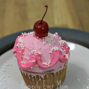 How to Throw a Fun and Easy Pinkalcious Party!