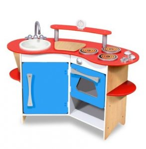 Melissa and doug kitchen for the dramatic play lover