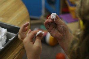 Stackable Egg Carton Snowmen L explores frozen shaving cream