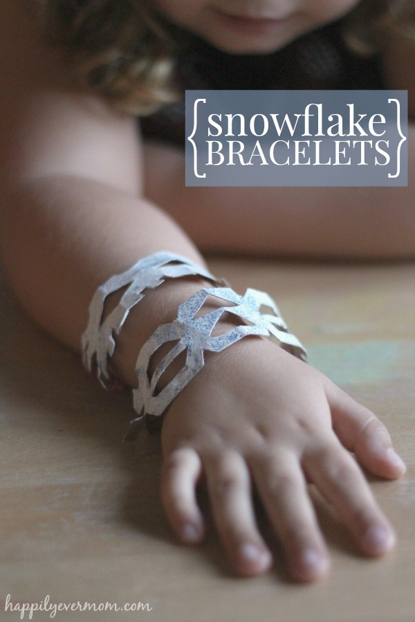 Winter toilet paper roll craft for kids - Frozen fans will LOVE these bracelets, too!