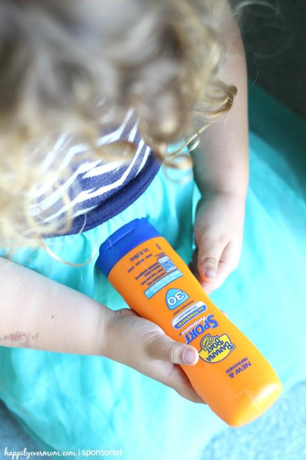 tricks-to-apply-sunscreen-to-kids