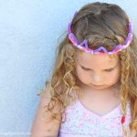Pipe Cleaner Crafts – Make 5 Minute Crowns!