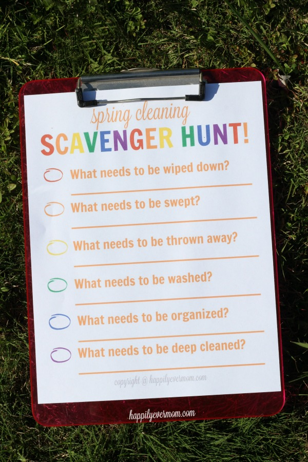 It's time for spring cleaning and the kids can get involved too! If you're looking for FUN ways to get kids in on spring cleaning, these are for you! #springcleaning16 #walmart #ad