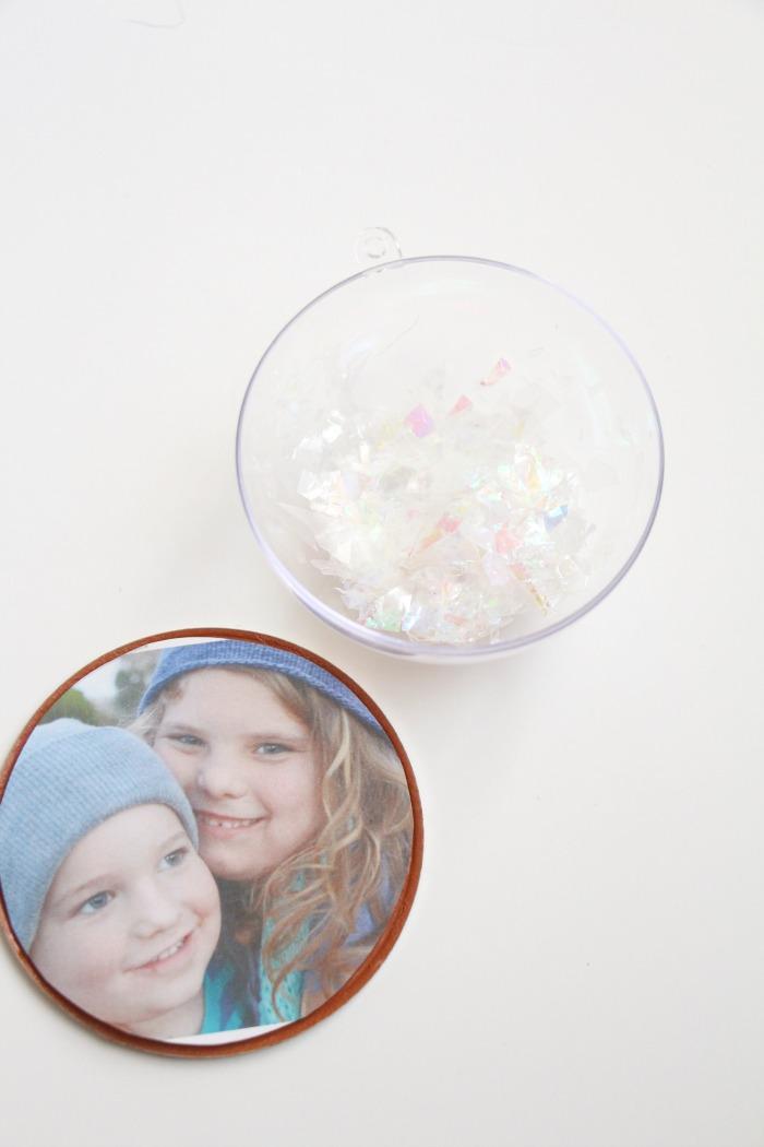 photo-snow-globe-ornament-add-the-snow