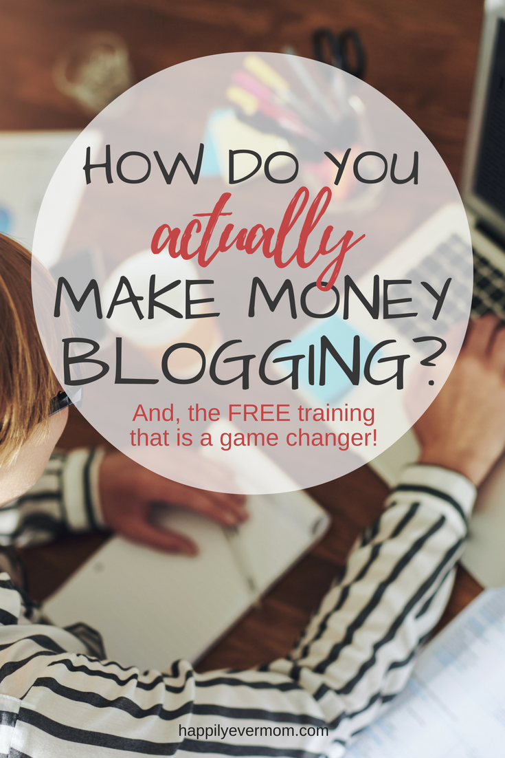 How do you actually make money blogging? I've been doing this for years and it was until I made this decision that things started to change. Sometimes to make money blogging, the answer is right in front of you. If you know where to look!