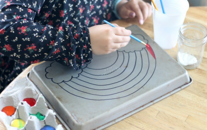How to paint on a cookie sheet without ruining it. Remove sharpie easily and bust your child's boredom with this!