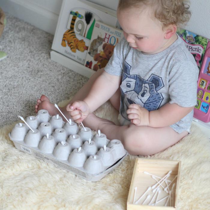 Resultado de imagem para baby activity egg carton